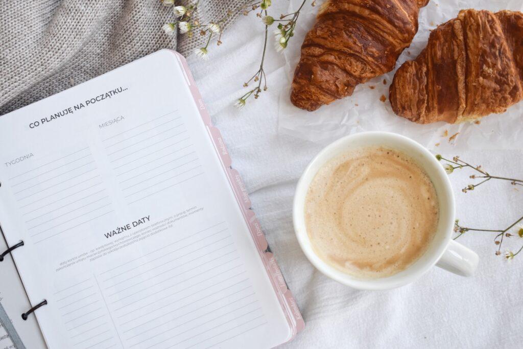 Organizer i kalendarz dla Mamy. Idealny do uporządkowania swoich myśli - planowanie, dom, rodzina, dzieci, Twoje projekty, notatki.